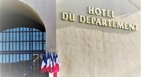 la façade du conseil départemental de la Mayenne