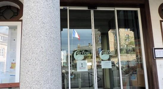L'entrée de la Mairie de Gorron en Mayenne