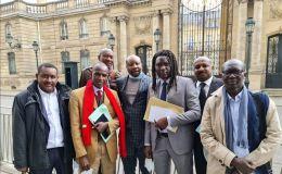 Les intervenants du Tchad devant l'Elysée