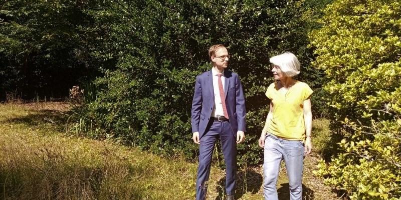 Le maire de Laval et son adjointe à la transition environnementale