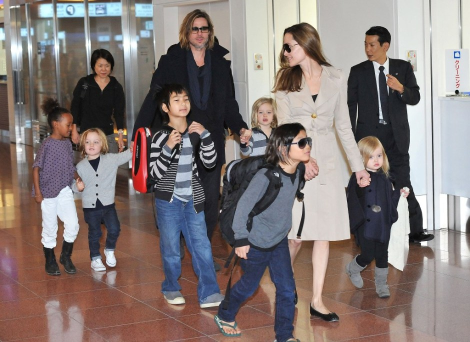 dress up to fly with kids