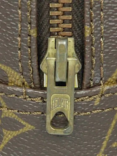 eclair-louis-vuitton-zipper-pull