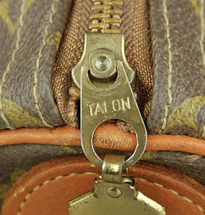 talon-louis-vuitton-zipper-pull