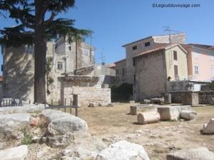 Ruines des temples de Mars et Neptune du 1er siècle