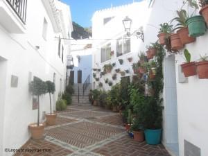 Rue et maisons typiques – Mijas