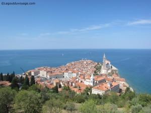 La mer adriatique depuis les remparts de Piran