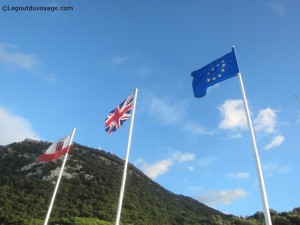 Rocher de Gibraltar - Drapeaux