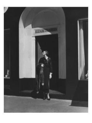 vogue-august-1934-elegant-woman-at-the-elizabeth-arden-salon_u-l-pfhgk80
