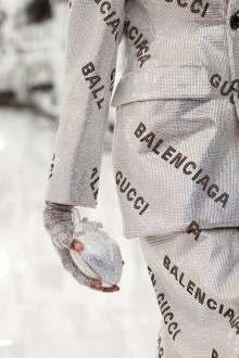 16GUCCI-gucci-detail-articleLarge