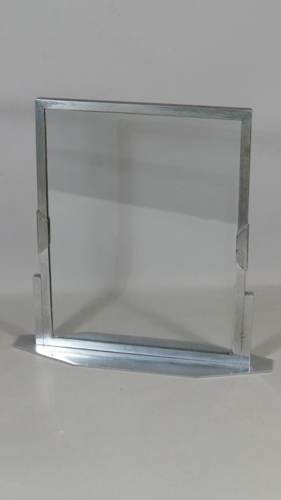 cadre photo art deco en metal nickele et verre epoque 1930