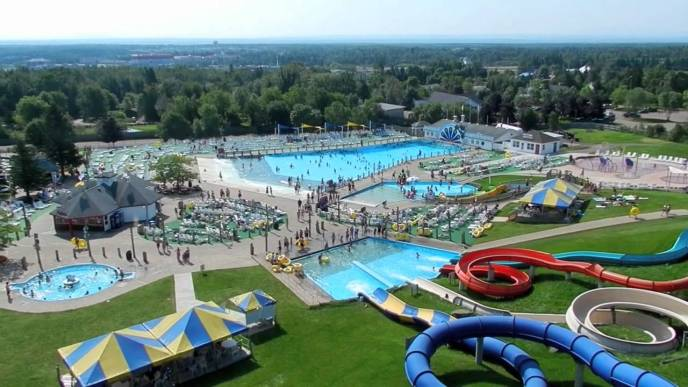 Magic Mountain waterpark, in Moncton: The largest man-made tourist attraction in Eastern Canada!
