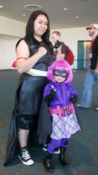 Posing with the cutest Hit Girl at the convention