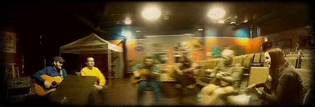 Round two: the song circle. I must have sneezed while I took this panorama. Sorry.