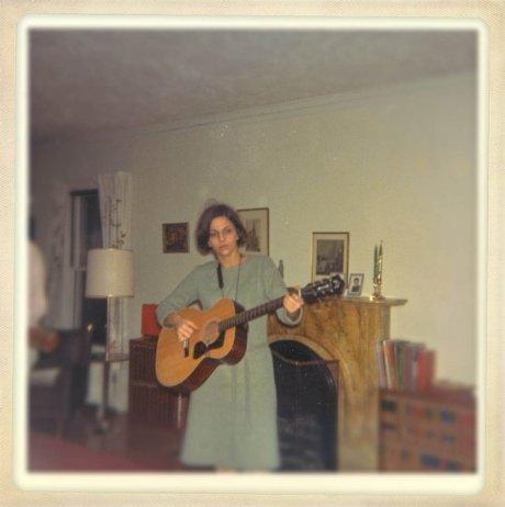 Barb-guitar-lvrm