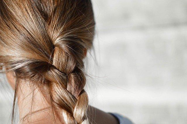 Как стимулировать рост волос народными средствами
