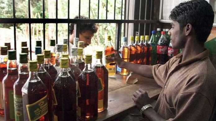 Maharashtra collects ₹100 crore in taxes in 3 days as liquor shops reopen