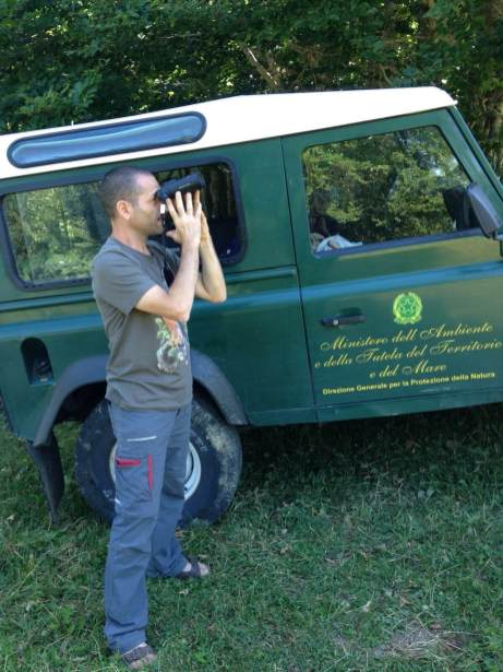 Andrea Corso searching for European Lanner at the Majella National Park with his Leica Noctivid 10×42
