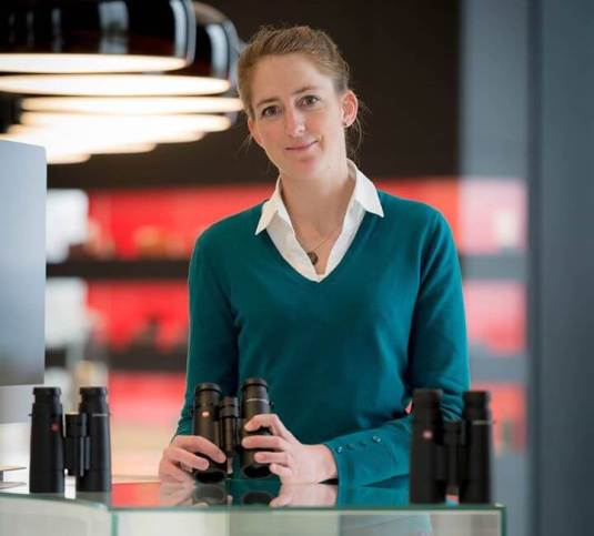 Product-Manager-Nanette-Roland-With-The-Leica-Ultravid-HD-Plus-Binoculars