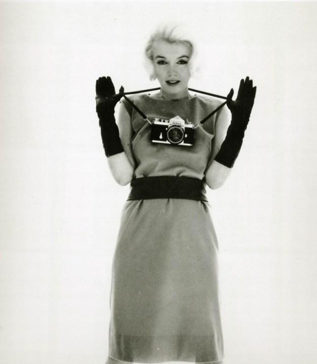 Marilyn Monroe with Nikon F