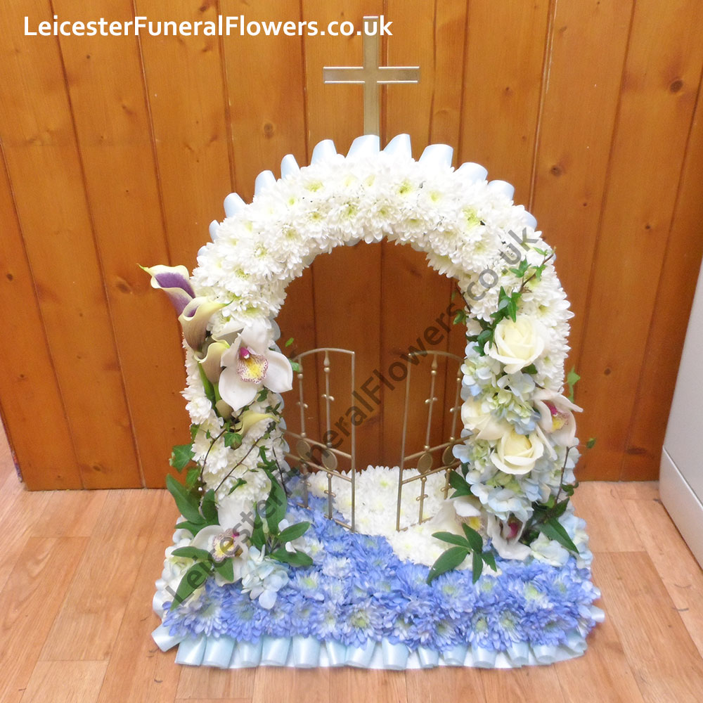 Gates of heaven sptr0009 funeral flowers leicester shop funeral special tributes izmirmasajfo