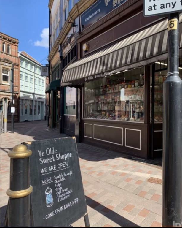 Leicester Shops Reopen After Lockdown