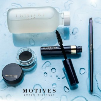 Motives Splash into Summer Bundle