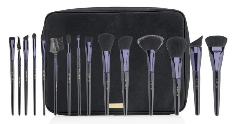 Enter to Win a 15 Piece Pro Makeup Brush Kit!
