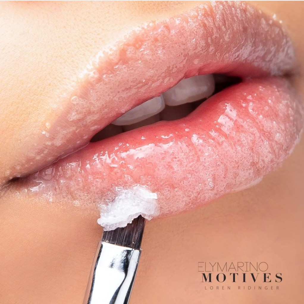 Motives MUAH Lip Scrub