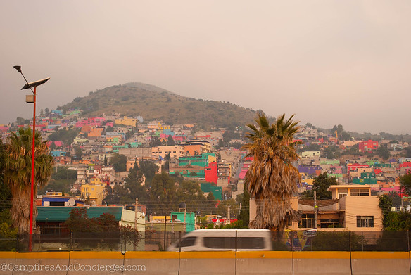 9/13Bus ride to Teotihuacan