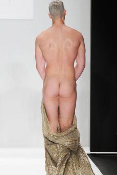 Mannenmode 2015: laat je piemol zien. | mannenmode-penis-new-york-3