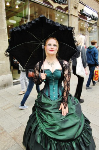 Wave-Gotik-Treffen-2016-Photos-by-Ana-Ribeiro-and-Alla-Kliushnyk-12.jpg?fit=330%2C500&ssl=1