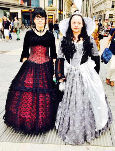 Wave-Gotik-Treffen-2016-Photos-by-Ana-Ribeiro-and-Alla-Kliushnyk-43.jpg?fit=370%2C484