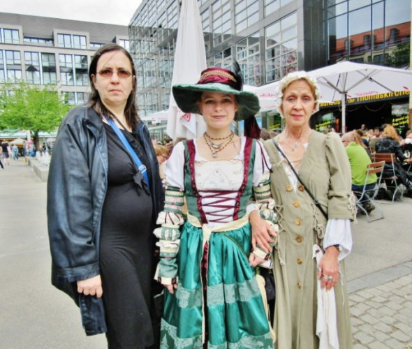 Wave-Gotik-Treffen-2016-Photos-by-Ana-Ribeiro-and-Alla-Kliushnyk-9.jpg?fit=590%2C500&ssl=1