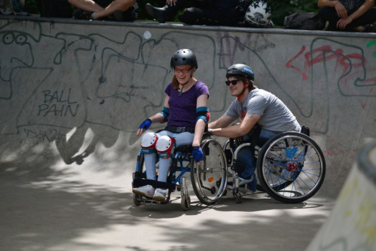 Wheelchair-skating-workship-with-David-Lebuser-Conne-Island-Photo-by-Stefan-Hopf-1.jpg?fit=750%2C500&ssl=1