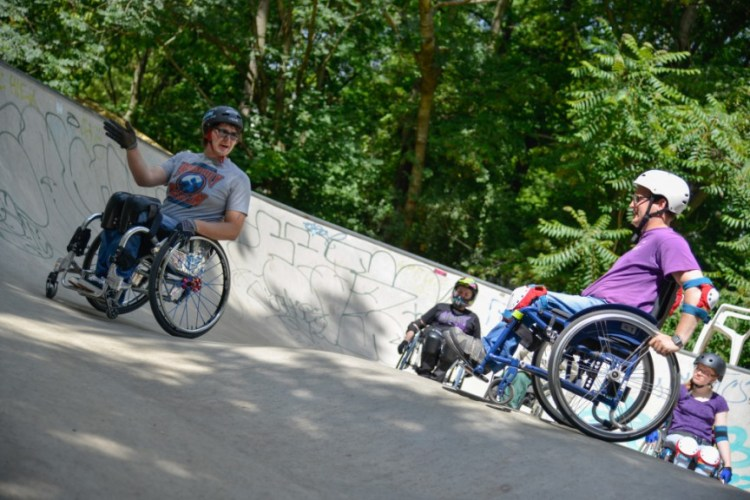Wheelchair-skating-workship-with-David-Lebuser-Conne-Island-Photo-by-Stefan-Hopf-8.jpg?fit=750%2C500&ssl=1