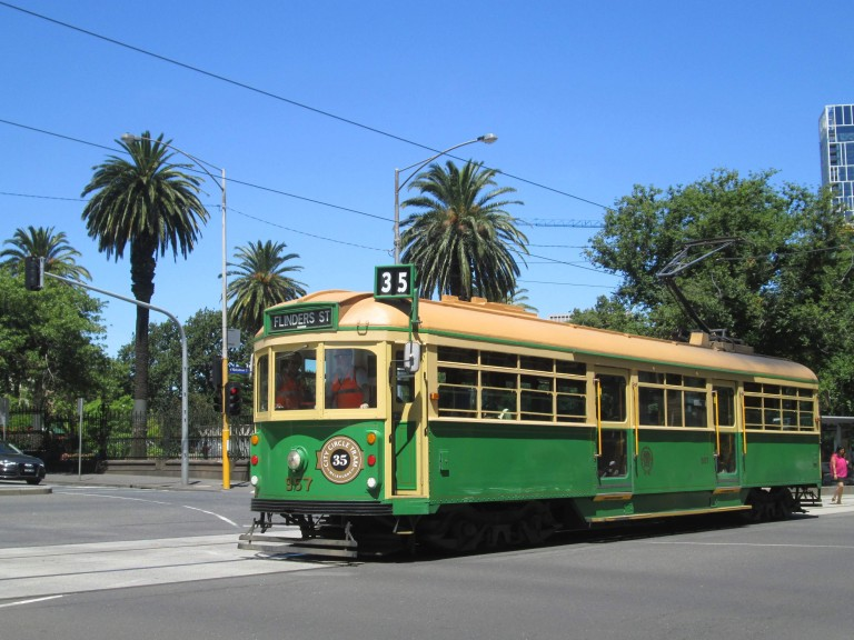 Historic Melbourne tram. Photo: Lito Seizani
