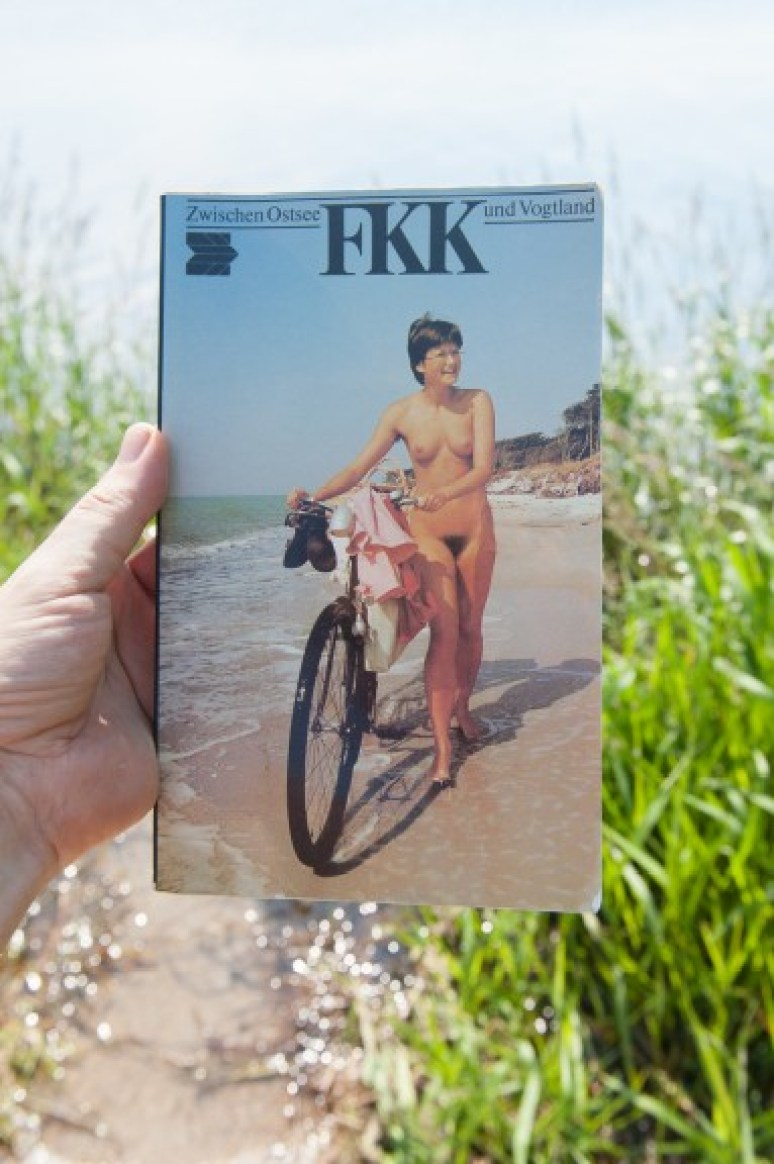 Cover of FKK: From the Baltic to the Vogt Lands, a guidebook to naturist sites in the GDR taken from the collection of John Paul Kleiner. (Photo: Jo Zarth)