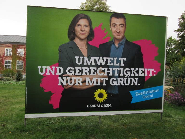 """The Greens and their leaders, Katrin Göring-Eckardt and Cem Özdemir: """"Environment and justice: only with Green."""" (Photo: Maximilian Georg)"""