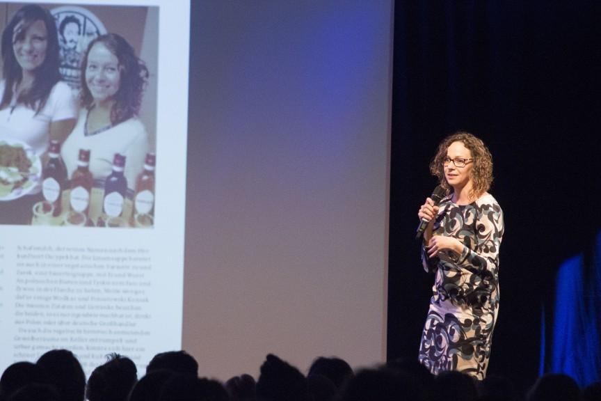 Anna Gorski of Poniatowski presenting at FuckUp Nights, 26 October 2017. (Photo: Willy Zisler)