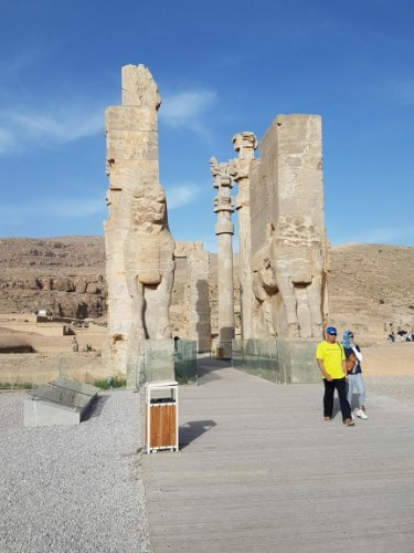 The-Door-of-the-Nations-in-Persepolis.jpg?fit=375%2C500&ssl=1
