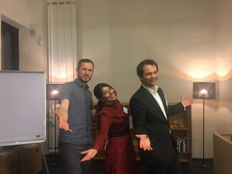 From left: Ronny Multrus, Meimanat Fathi and Jonathan Zendeh of Leipzig Toastmasters. (Photo © Meimanat Fathi / Toastmasters)
