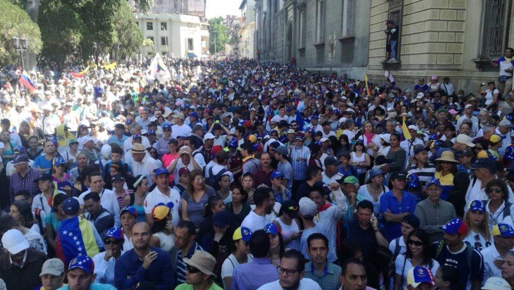 Venezuelans reject Maduro