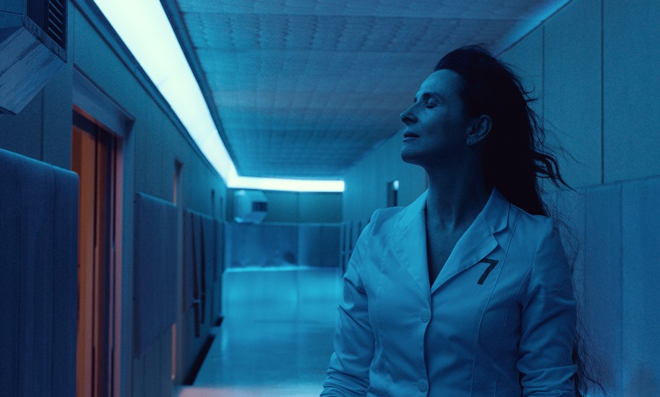 Dr. Dibs Juliette Ninoche in High Life