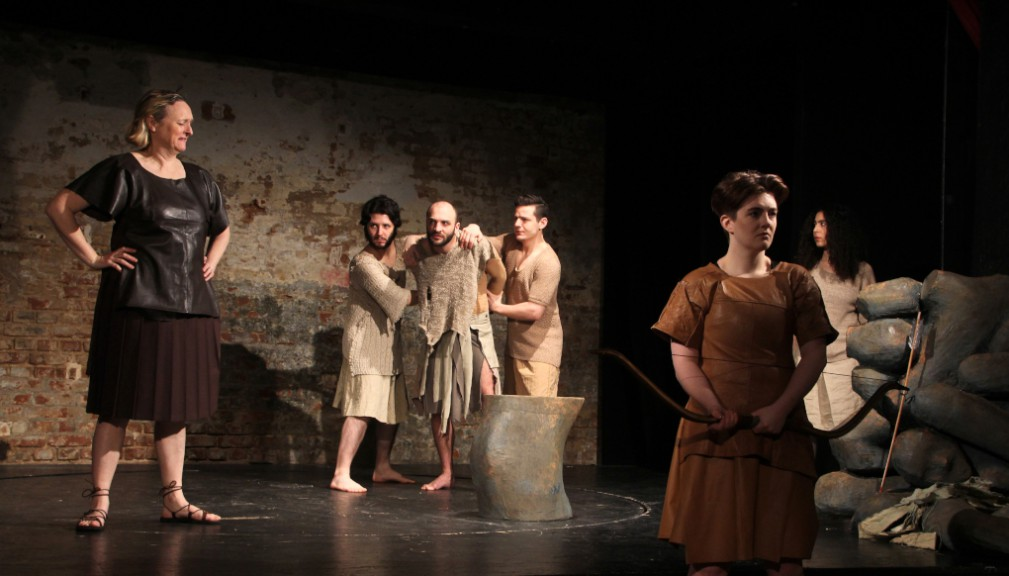 Philoctetes taken by force. Image by Shira Bitan, courtesy of ETL.