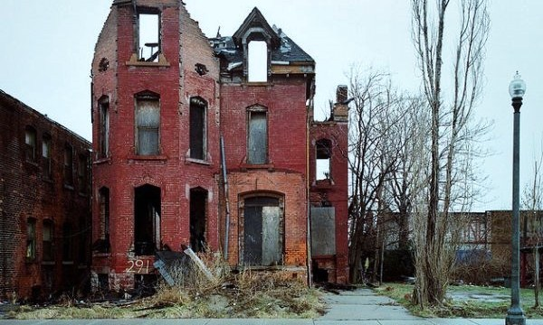 Detroit: The beauty of crumbling architecture …