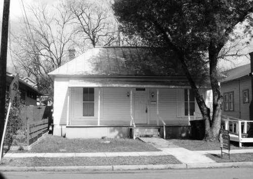 BEFORE PHOTO OF OLD HOME BEFORE RENOVATION