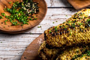 Header picture with grilled corn.