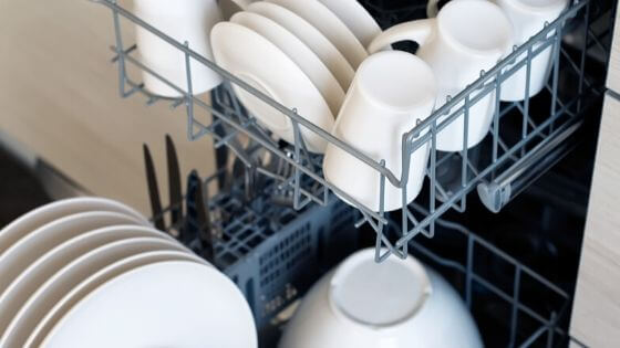 Use the dishwasher to clean dinnerware.