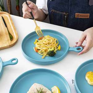 Skillet Serving Plates with Spaghetti