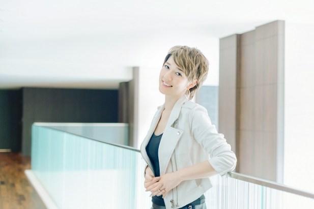 L'artiste designer japonaise Sputniko http://www.beautynewstokyo.jp/次世代型アーティスト、スプツニ子!/